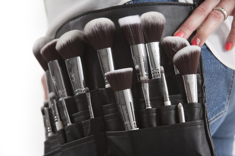 makeup-brushes-824708_960_720
